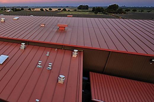 انواع پوشش سقف سوله و موارد کاربرد آن